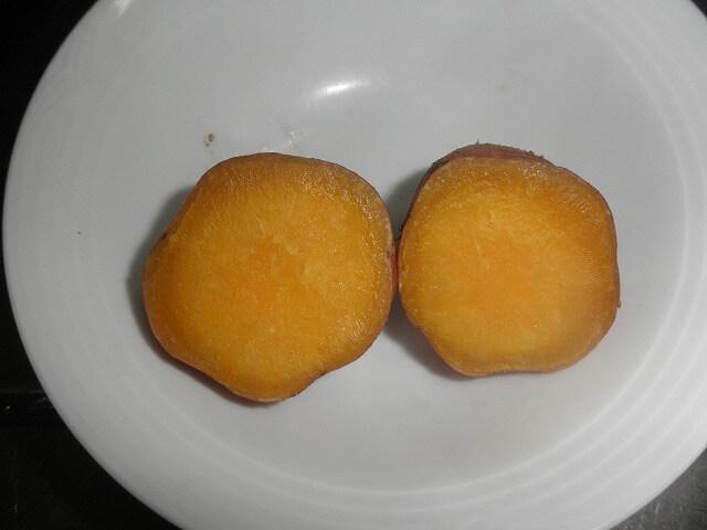安納芋をふかす